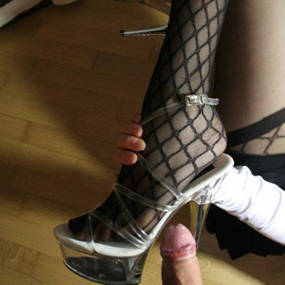 Angela – Sexy stockings and high heels