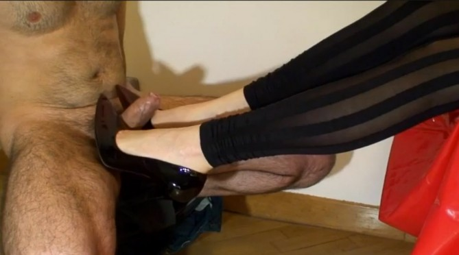 heeljob-angela-fetish (ANGELA – Shoejob with high heels)