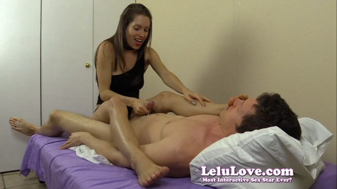 lelu-love (Feet On Face Handjob from Lelu Love)